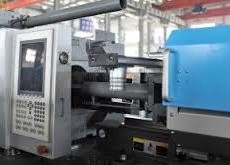 molding-machine-equipment-2.jpg
